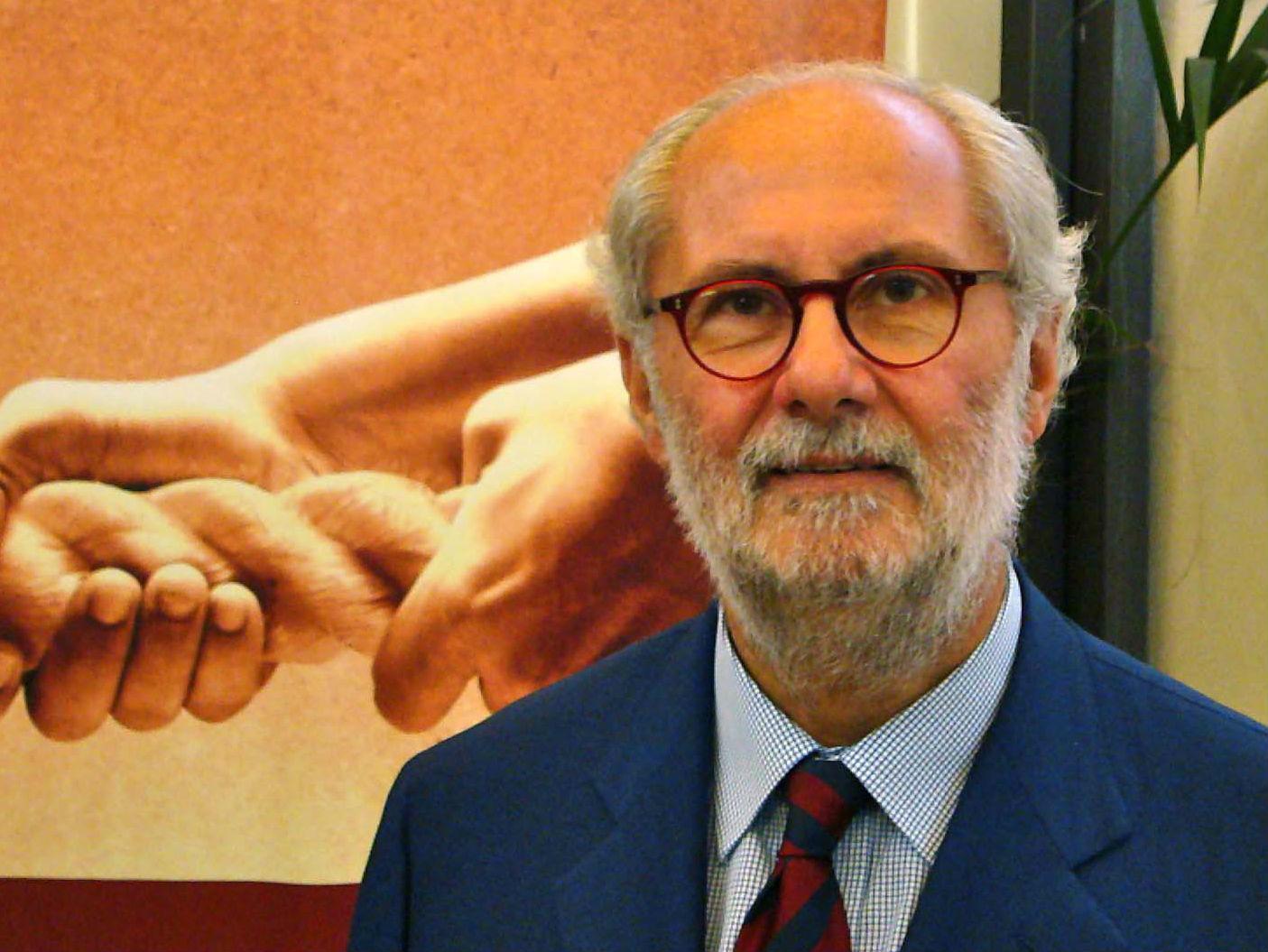 """CHE SUD CHE FA / INTERVISTA CON IL LIBRO """"Quale politica economica?"""" di Massimo Lo Cicero"""