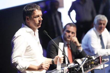 De Magistris e Renzi fanno pace con 308 milioni