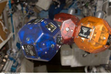 Eccellenze del Sud, una scuola di Napoli vince la sfida dei microsatelliti del Mit