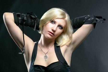 Nyx Stigma, fotomodella con il sogno di recitare in un film horror