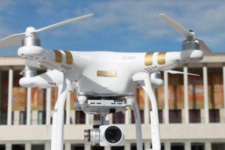 Napoli, tutti pazzi per i droni