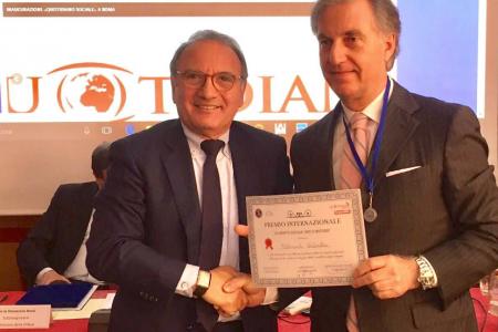 Premio Anas al presidente di Mani Amiche