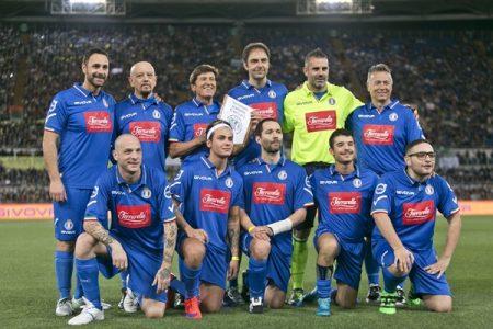 A Torino la partita del cuore  Nazionale Cantanti e Campioni per la ricerca