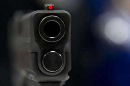 Incredibile: valigia con pistola passa i controlli nell'aeroporto