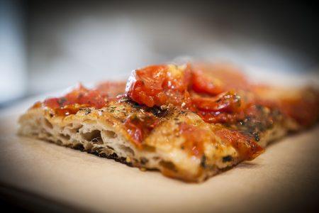 Nel cuore di Chiaia arriva Pizza e Panelle