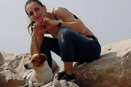 Tragedia sui binari: 28enne travolta dal treno per salvare il suo cane