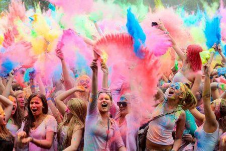 Il festival dei colori