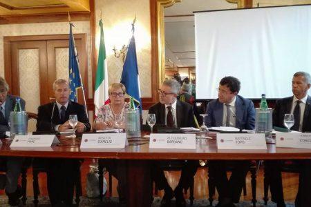 Ematologia, buon sangue a Napoli: dimezzati l'emigrazione verso il Nord