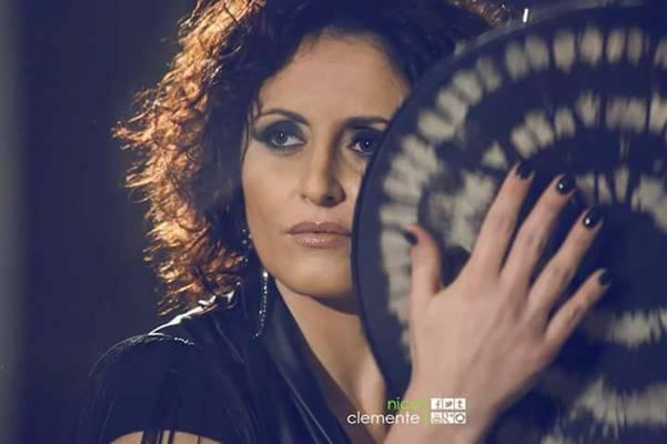 Fiorenza Calogero l'affascinante voce della musica world