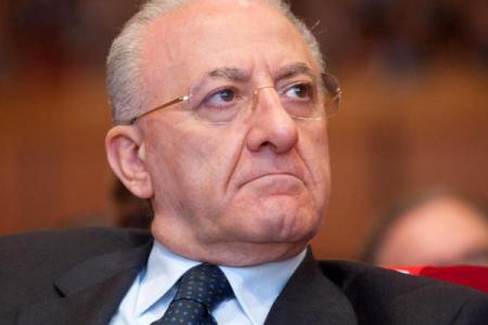 """De Luca: """"La Campania investe più dello Stato"""""""