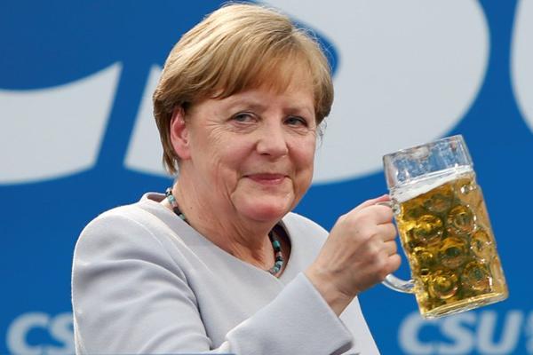 Attacco hacker in Germania, diffusi anche i dati riservati della Merkel