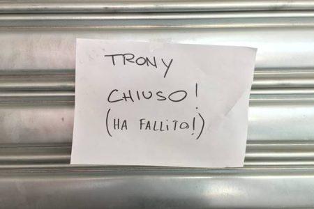 Trony chiude, a rischio 500 posti: sit-in a Bari