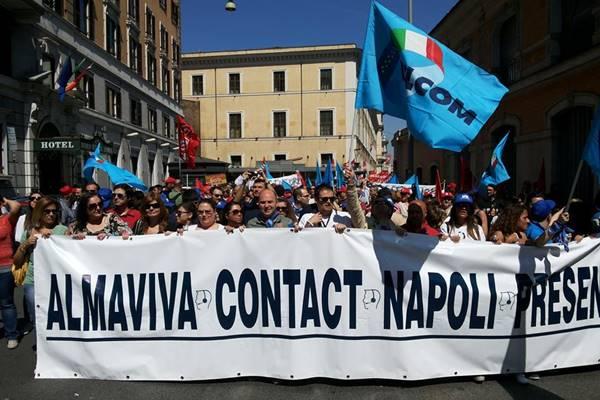 Almaviva, riesplode la protesta: 1600 posti a rischio a Palermo