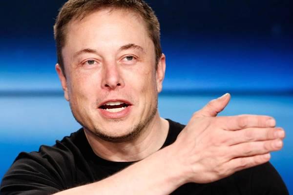 Elon Musk e il futuro dell'industria dei trasporti