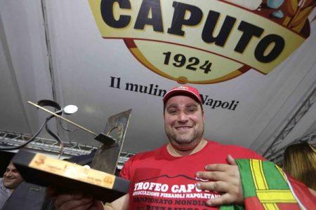 Antonio Mezzerocampione del mondo dei pizzaiuoli