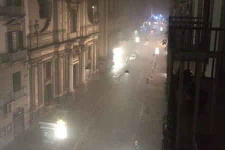 Scoppio nel centro di Napoli, caos e paura