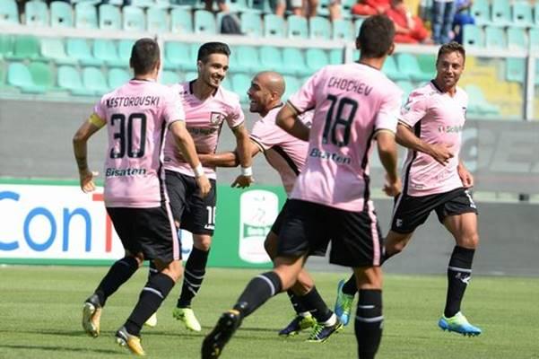 E' Palermo-Frosinone la finale per la serie A