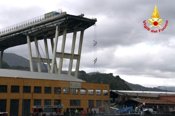 Genova, se al manager di Autostrade vanno 20 milioni di euro di buonuscita