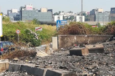 Nuovamente in fiamme i rifiuti sversati nell'ex area NATO di Poggioreale.