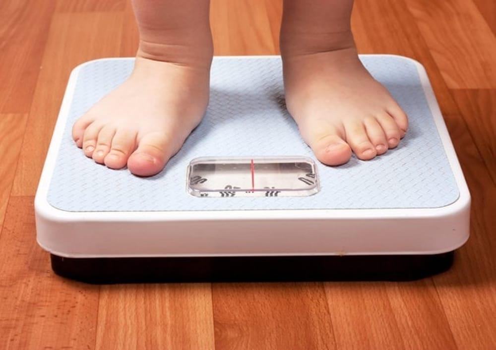 L'obesità è una malattia e non un comportamento. Ecco le dieci cause da combattere