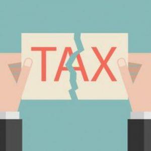 Lo scandalo delle tasse: i giganti del Web pagano meno imposte delle piccole imprese