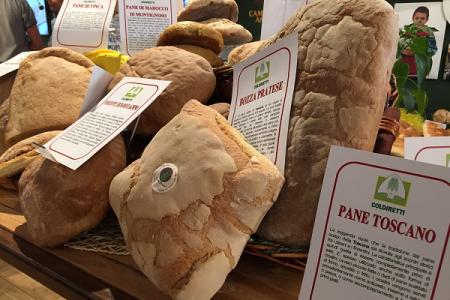 Pane fresco, arriva l'etichetta anti-truffe. Ecco come riconoscerla