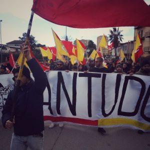 """Licata: cinquemila siciliani in piazza contro il progetto di Eni """"offshore ibleo"""" e per la difesa del territorio."""
