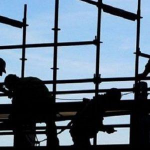 Allarme della Cgia di Mestre: metà del reddito di cittadinanza andrà a chi lavora in nero. Il record in Calabria