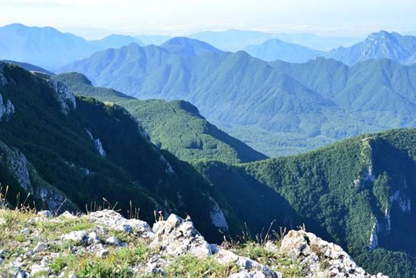 Viaggio a Sud / 1 – Fra Giffoni e il Terminio, le meraviglie dei monti Picentini. Fra nocciole, conventi, castelli e grotte carsiche