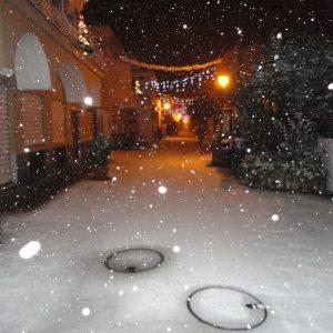 Mezza Italia sotto la neve, imbiancata anche Capri