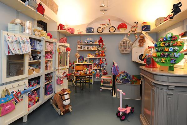 Arriva la befana: le dieci regole da seguire per regalare giocattoli sicuri