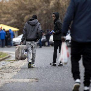"""Arrivano in Basilicata i migranti """"cacciati"""" da Castelnuovo di Porto. E scoppia la polemica"""