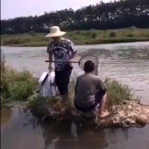 Video divertenti. Una pesca da non perdere