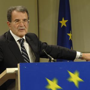 Il futuro dell'Europa nell'era sovranista, dibattito a Napoli con Prodi