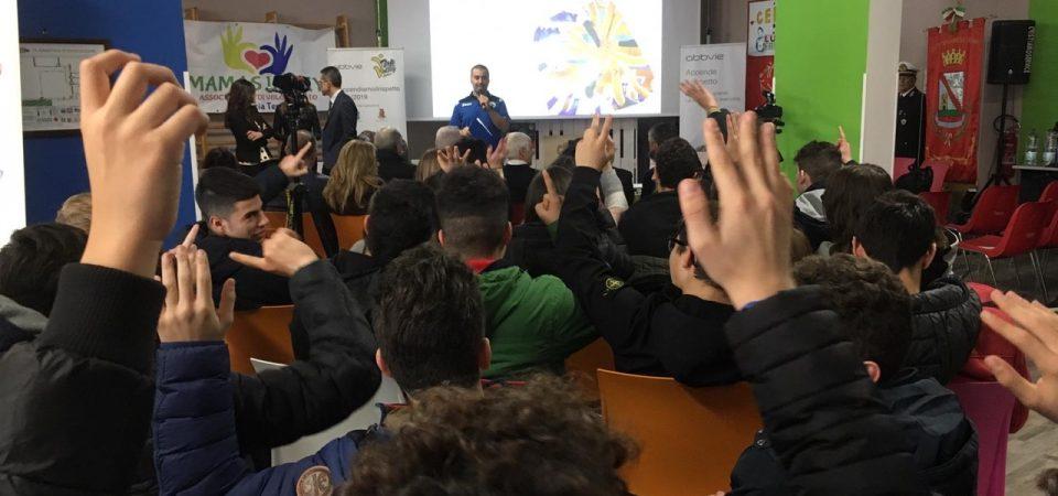 """Top Volley e AbbVie incontrano gli studenti: """"Contro il cyberbullismo, una partita che si può vincere insieme"""""""