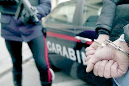 Camorra, trenta arresti a Napoli