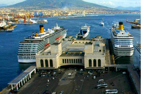 Le prospettive del Mediterraneo viste dal porto di Napoli