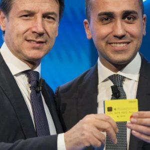 Reddito di cittadinanza, con la card niente acquisti on line