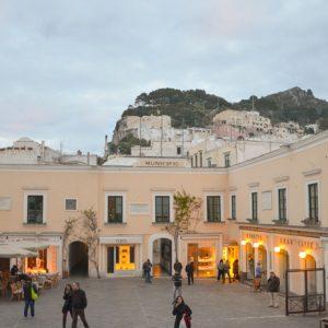 "Capri, bar chiusi: scoppia la guerra in ""piazzetta"""
