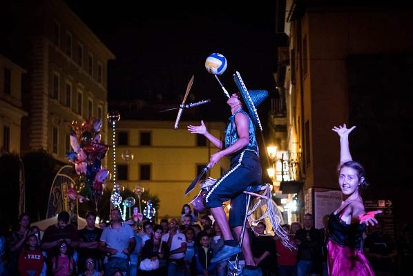 Taranto, il carnevale con Smile Circus