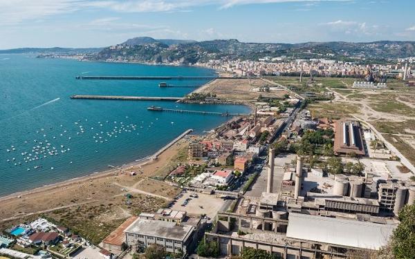 Rilancio Bagnoli, in arrivo 320 milioni per la bonifica dell'ex area industriale