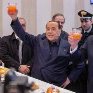 Basilicata, vince il centrodestra: Vito Bardi è il nuovo presidente. Crolla il M5S, cosa succede ora al governo