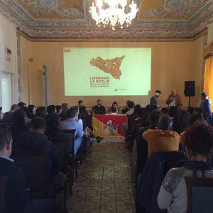 Nasce la rete regionale Lassala peddiri-la plastica fa schifo. Prima assemblea pubblica regionale a Milazzo