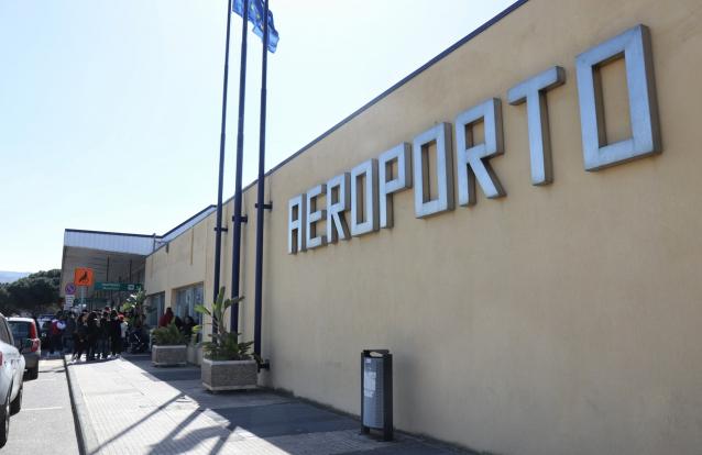 Reggio Calabria, nell'aeroporto decollano solo gli sciopero