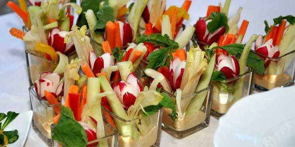 Pronti al pranzo di Pasqua, solo per il 3% degli italiani sarà vegano