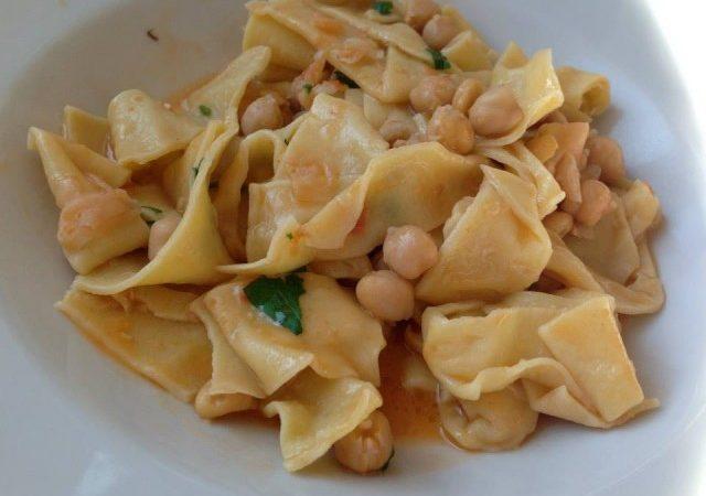 Le ricette made in Sud. Come preparare Ceci e Lavanelle