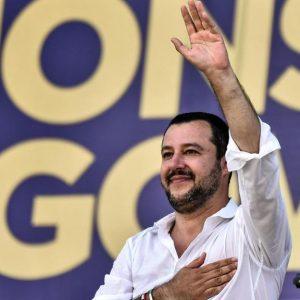 Il commento. Perchè avrei applaudito a Matteo Salvini con il Rosario