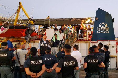 IL COMMENTO. Gli immigrati e il caso Sea Watch, facciamo chiarezza