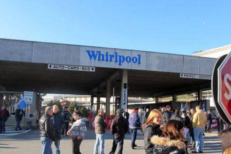 Boccata d'ossigeno per Napoli, Whirlpool apre uno spiraglio per salvare lo stabilimento