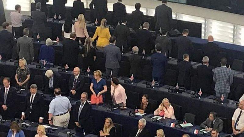 Il Commento. Se gli inglesi voltano le spalle all'inno dell'Europa